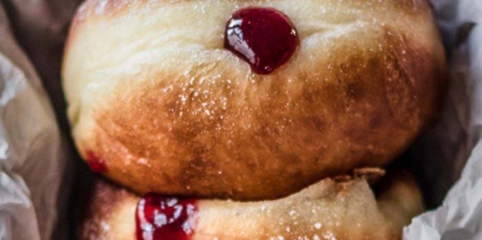 Berliner doughnut – jam filled